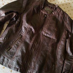 🤎SUPER COMFY brown faux leather jacket🤎